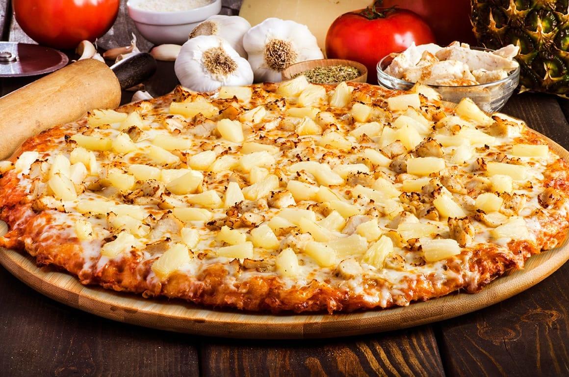 sir pizza chicken hawaiian pizza
